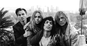 """""""Another Hit of Showmanship"""", The Struts with Albert Hammond Jr."""